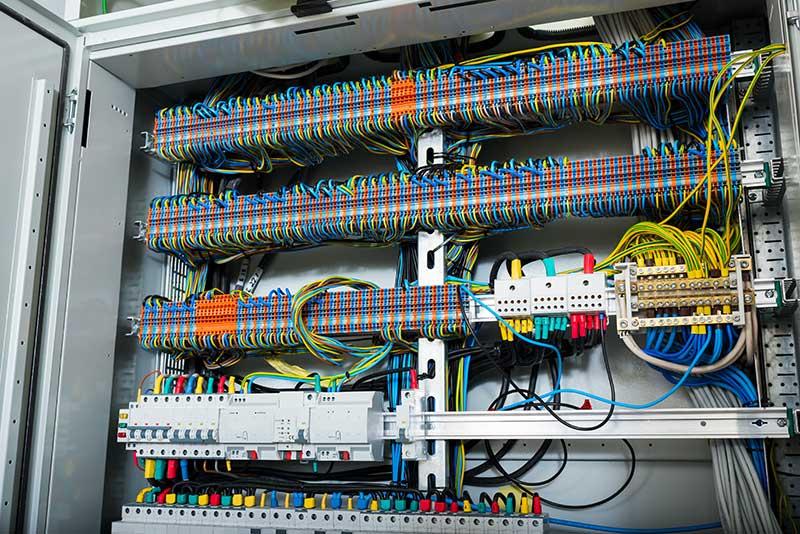 Ihr freundlicher Elektriker aus Kiel - Elektro-Montage Mohr