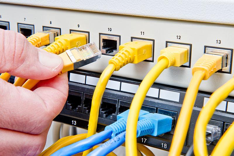 Ihr EDV-Netzwerk-Experte für Kiel und Umgebung - Elektro-Montage Mohr